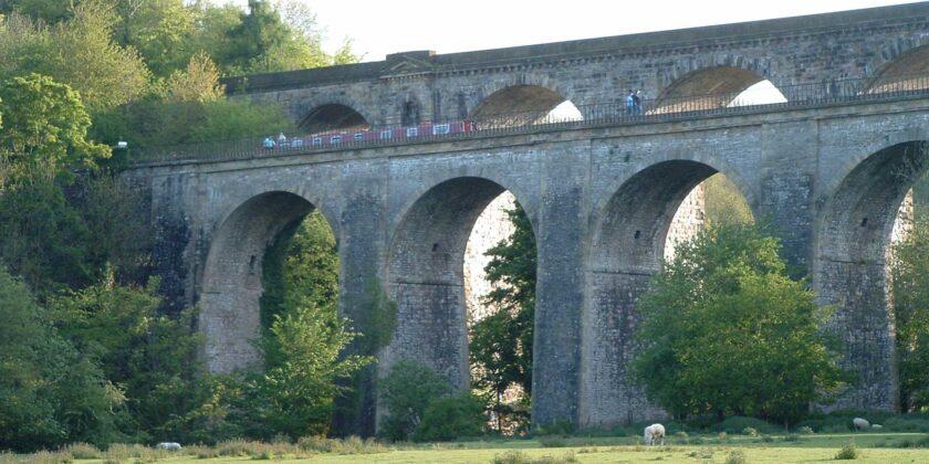 *cchirk viaduct and aqueduct