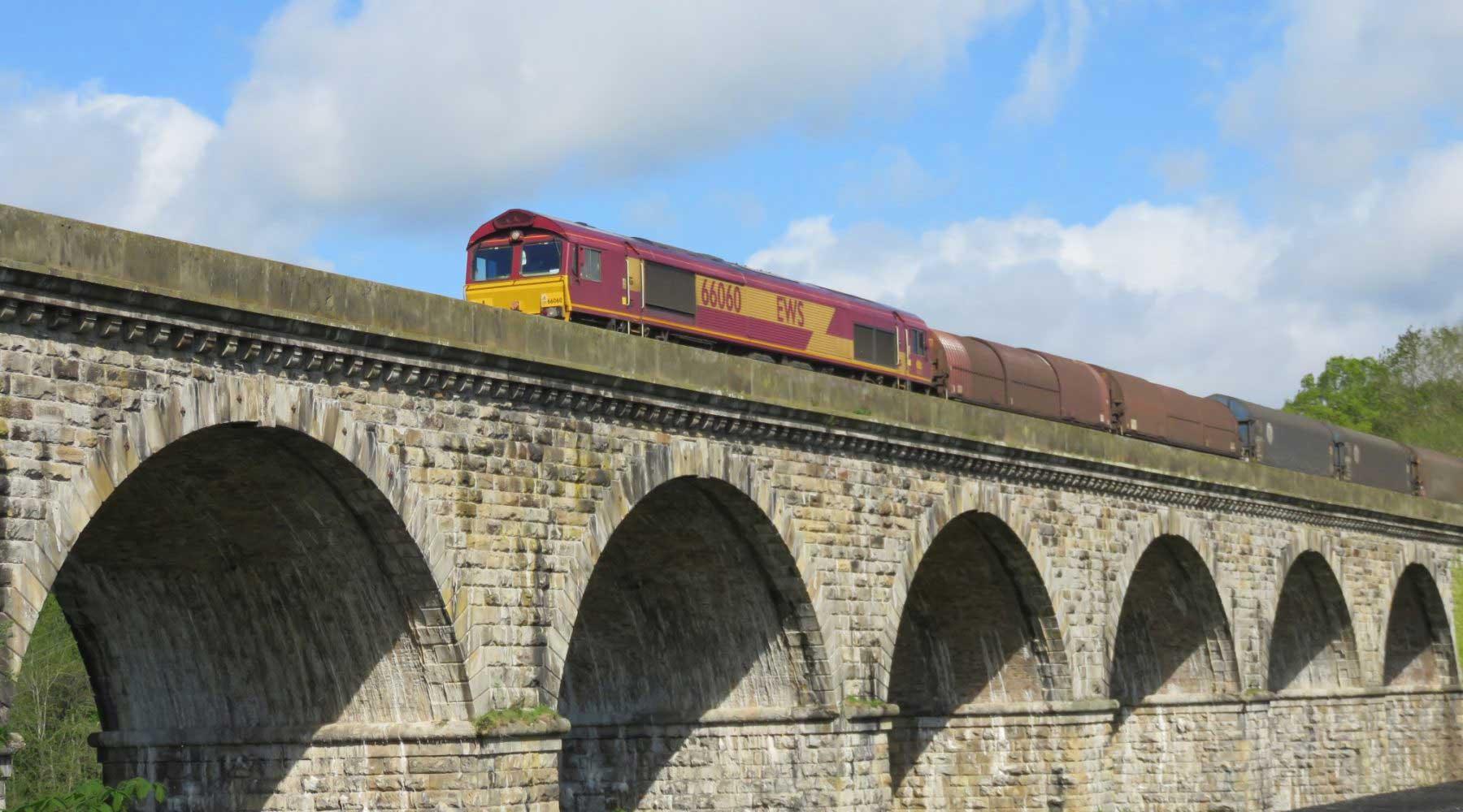 *Train on chirk viaduct