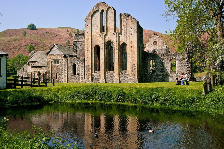 *valle crucis abbey