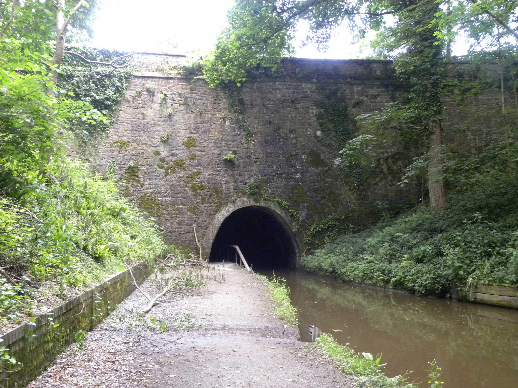 *whitehouses tunnel entrance