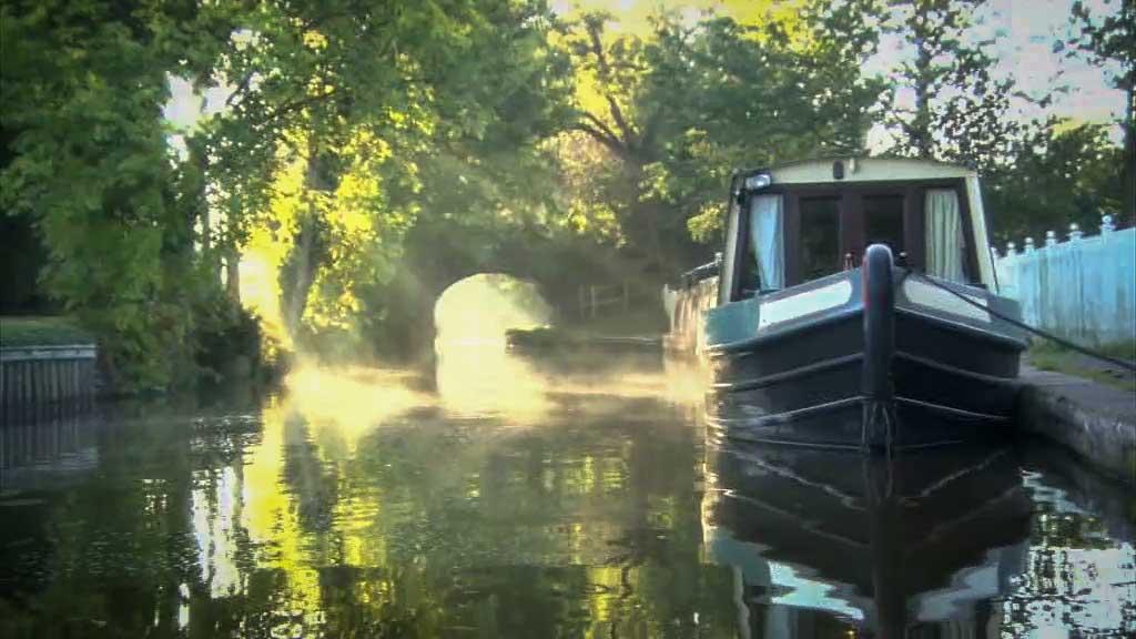 Crest Narrowboats