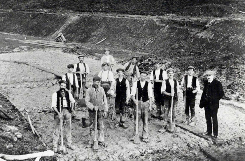 19th century workers puddling clay