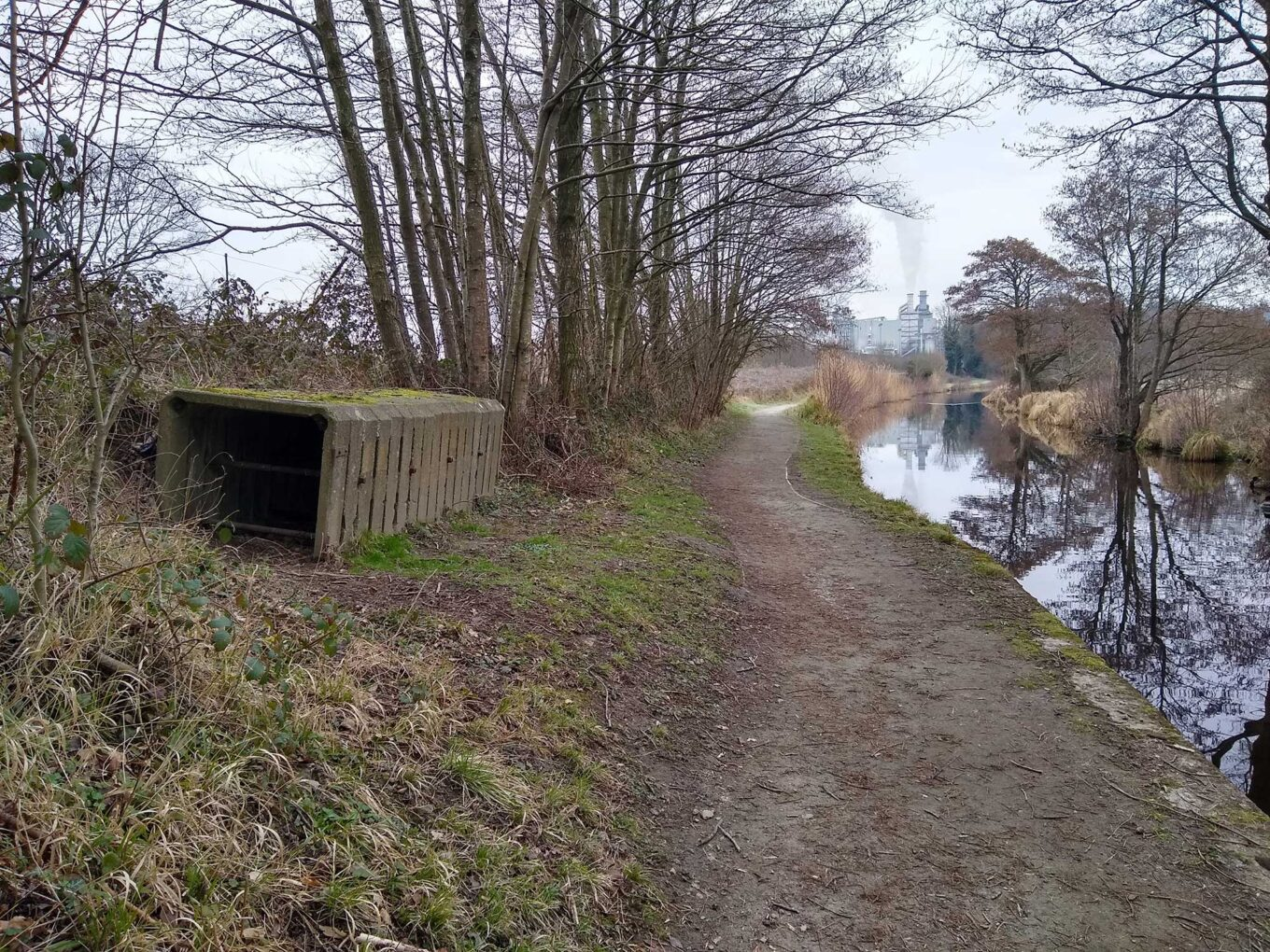 Shelters for stop planks can be seen at many places along the Llangollen Canal. This is a twentieth century design, made of reinforced concrete. It is at Red Bridge, near Chirk Marina.
