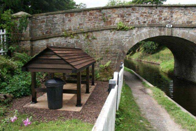 Llanddyn Cottage stop plank shelter