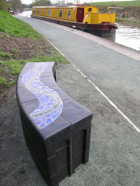 Mainc ceramig Ceramic bench